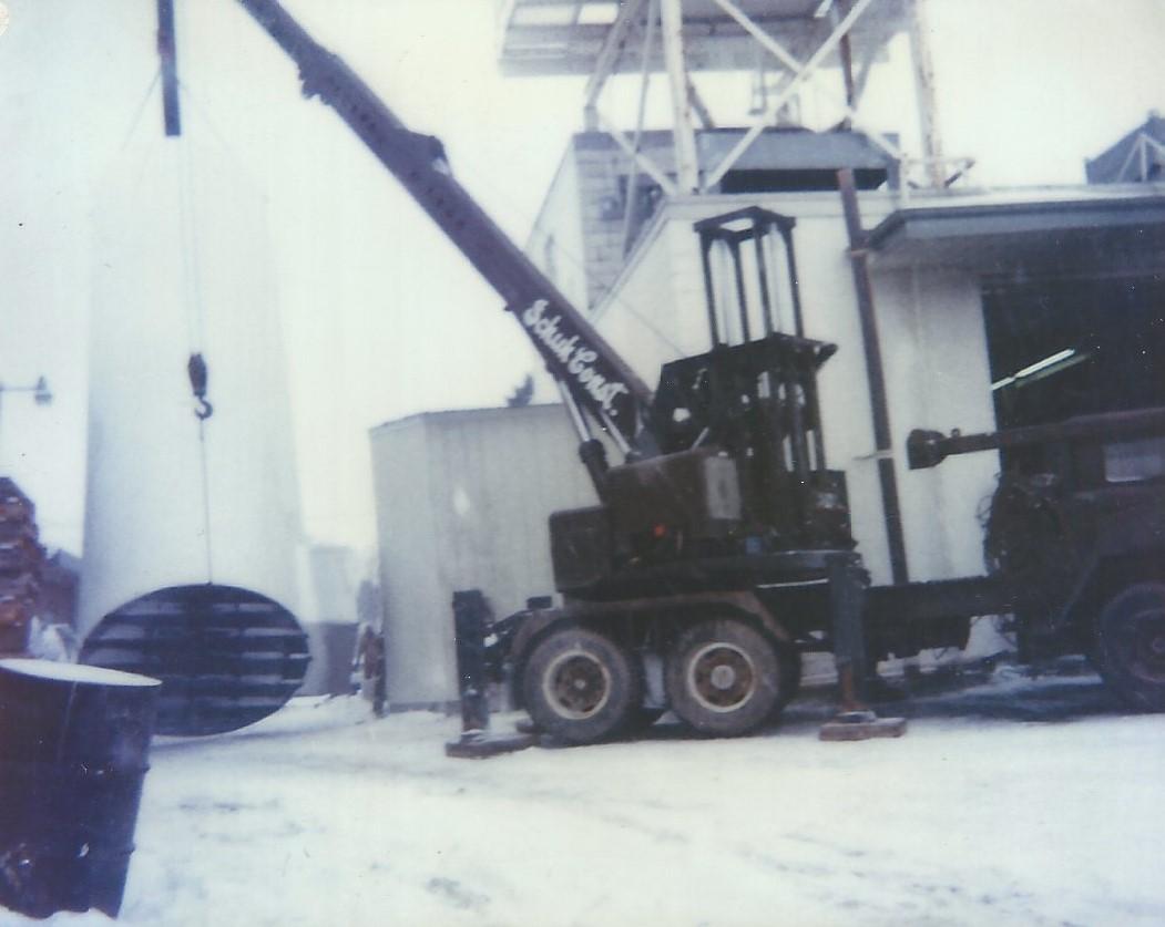 Schuh first Crane